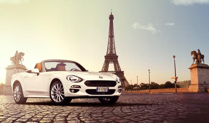 Fiat 124 Spider: nuova tappa a Parigi prima del Salone di Ginevra 2016