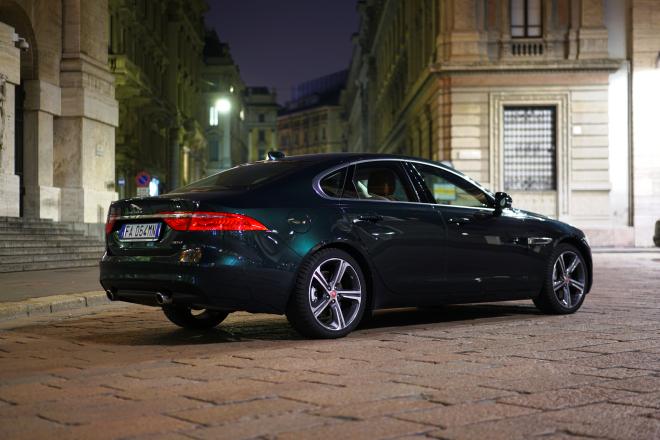 Jaguar_XF_PSs_2016_chiusura