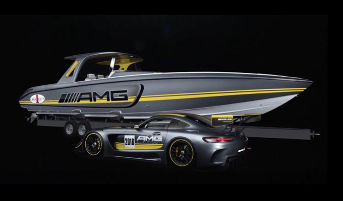 Mercedes-AMG e Cigarette Racing: un veloce scafo ispirato alla AMG GT3 da gara [VIDEO]