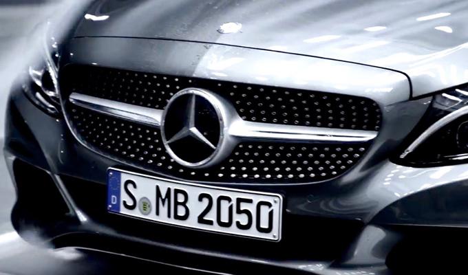 Mercedes Classe C Cabrio MY 2016: una nuova anteprima ricca di sensazioni [VIDEO]