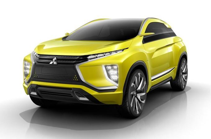 Mitsubishi al Salone di Ginevra 2016 con la eX Concept e due show car