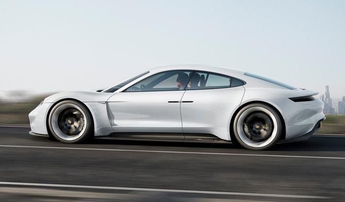 Porsche Mission E: sarebbe iniziato lo sviluppo di produzione con nome in codice J1