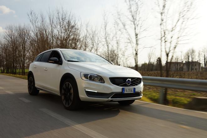 Volvo_V60_Cross_Country_Pss_2016_3_1