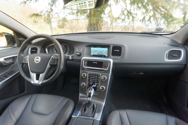 Volvo_V60_Cross_Country_Pss_2016_interni