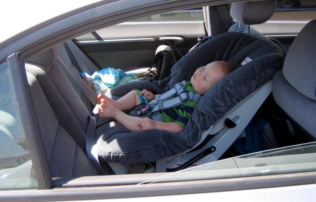 Sense A Life, il dispositivo salvavita che evita di dimenticare i bambini chiusi in macchina [VIDEO]