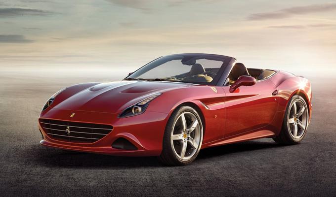 Ferrari California T: nuove visioni prospettiche dal deserto [VIDEO]