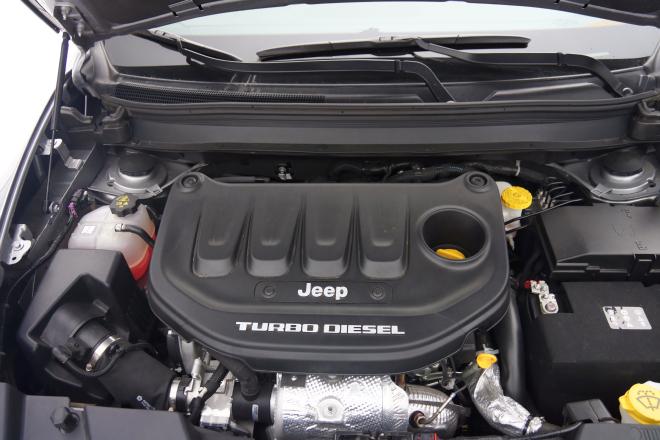 Jeep_Cherokee-Pss_2016_motore