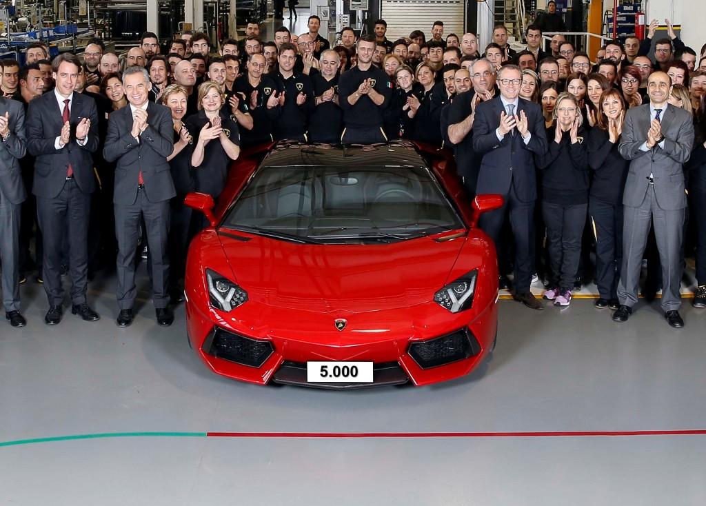 Lamborghini Aventador taglia il traguardo delle 5.000 unità prodotte