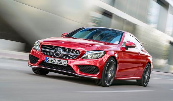 Nuova Mercedes Classe C Coupé: stile apprezzabile da più visuali [VIDEO]