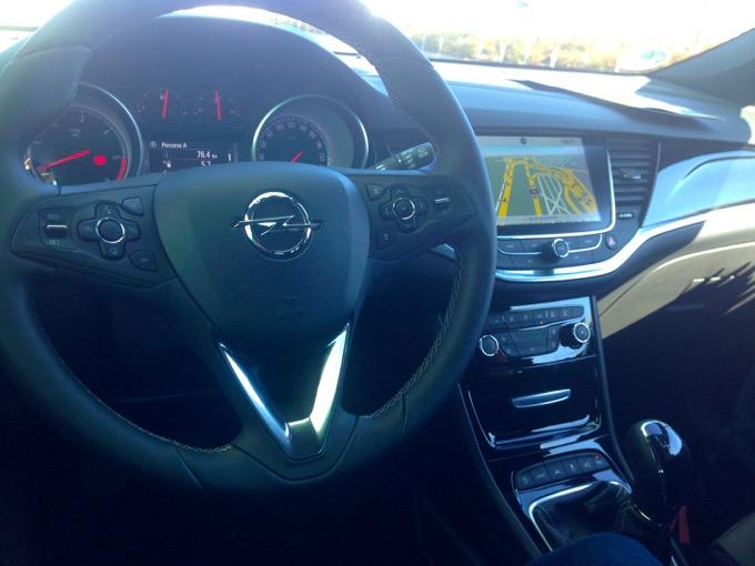 Opel Astra Sports Tourer18