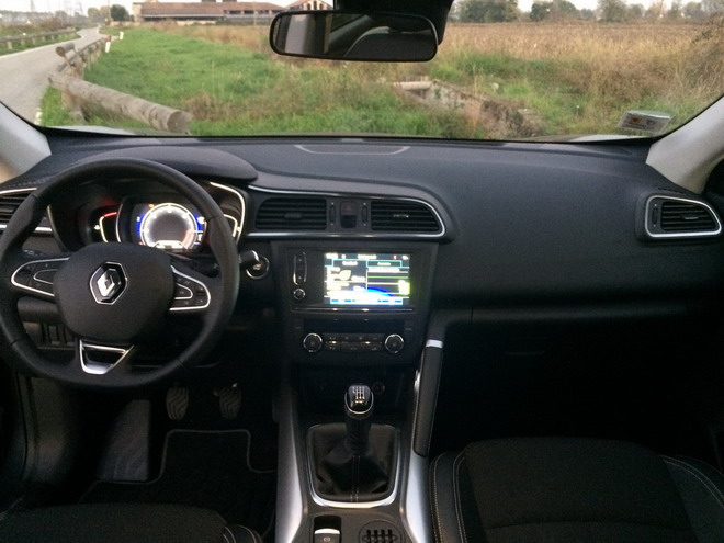 renault kadjar 1 5 dci il meglio della cugina qashqai rivisitato in salsa francese prova su. Black Bedroom Furniture Sets. Home Design Ideas
