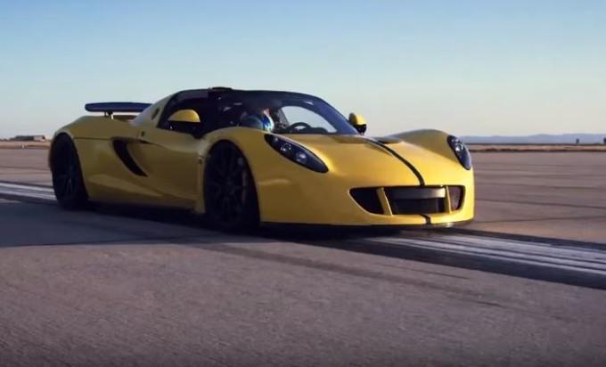 Hennessey Venom GT Spyder ha stabilito un nuovo record del mondo di velocità [VIDEO TEASER]