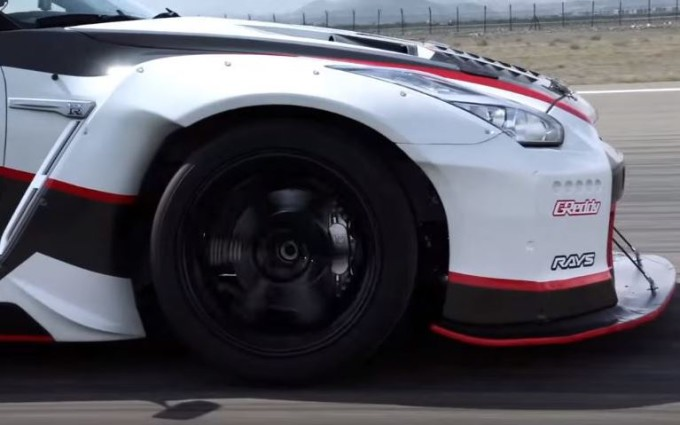 Nissan GT-R Nismo artefice di un nuovo record del mondo [VIDEO TEASER]