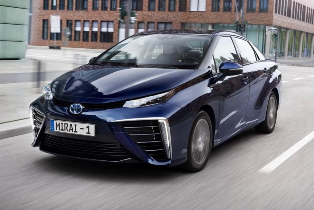 Toyota e il Comune di Venezia firmano l'intesa per testare la mobilità a idrogeno