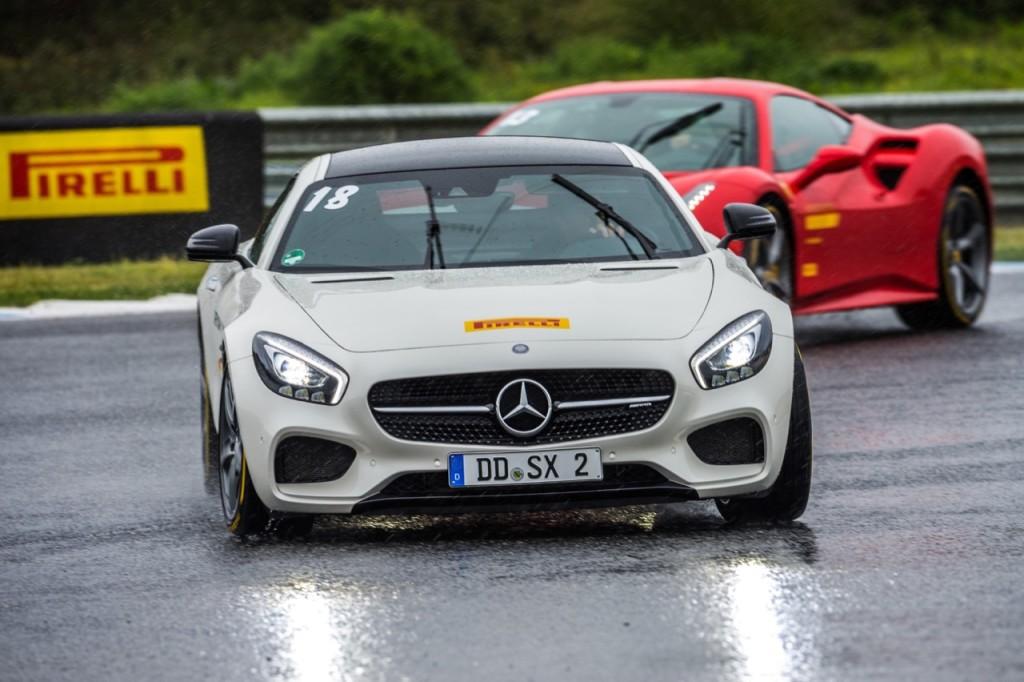 Nuovo Pirelli P Zero e Mercedes insieme verso il futuro dell'auto [VIDEO]