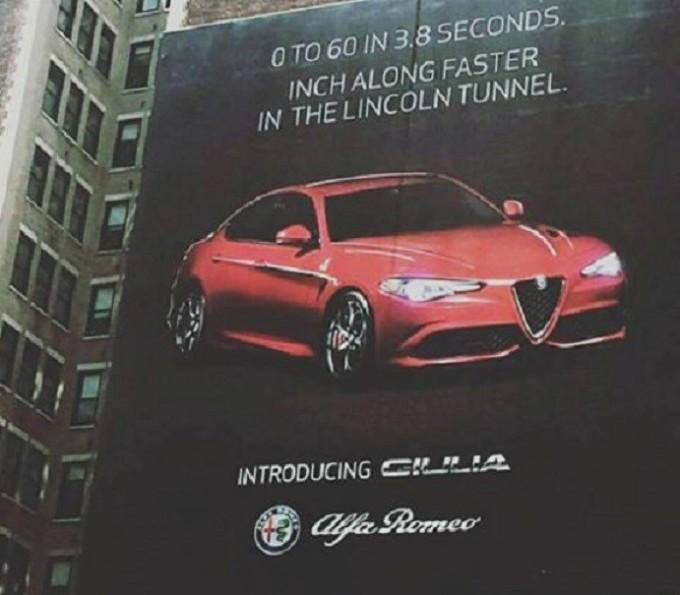 alfa romeo giulia, il debutto negli usa pubblicizzato da un mega