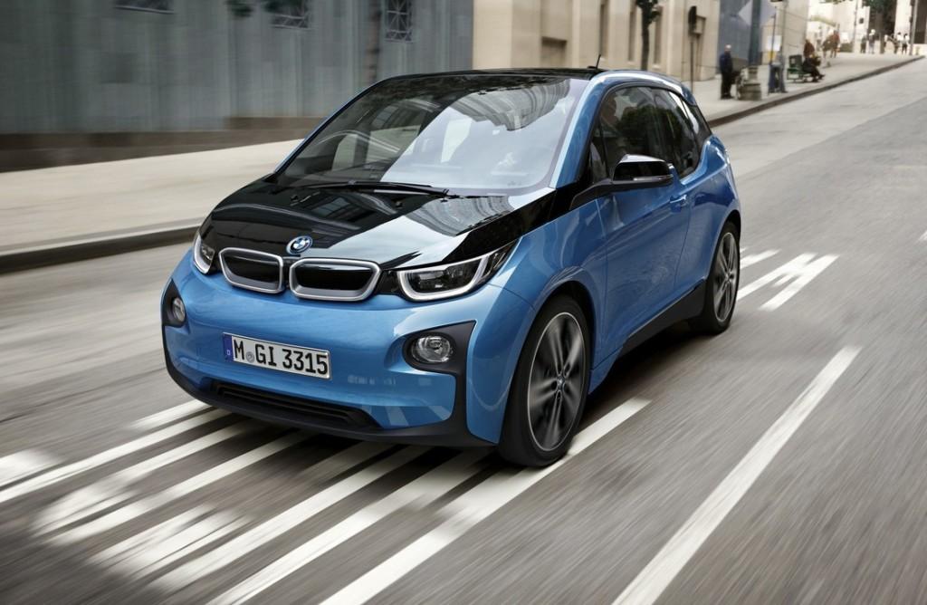 BMW i3 2016: l'autonomia sale a 300 km