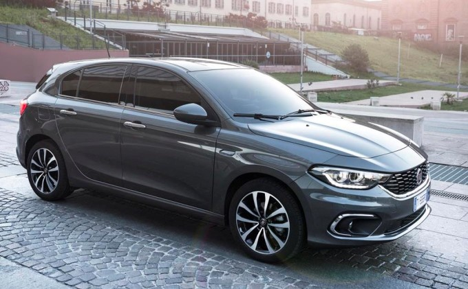 fiat tipo presentate a torino le versioni 5 porte e station wagon foto e video. Black Bedroom Furniture Sets. Home Design Ideas
