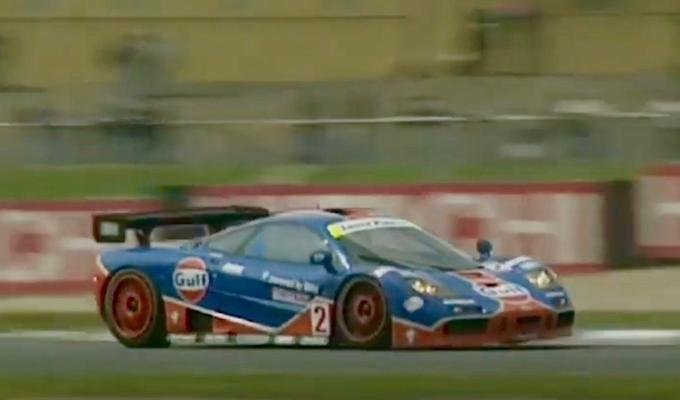 McLaren F1 GTR: nuovo assaggio di una forza del passato [VIDEO]