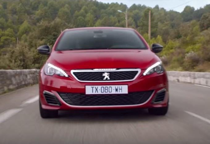 Peugeot 308 GTi accompagna l'istinto di Novak Djokovic [VIDEO]