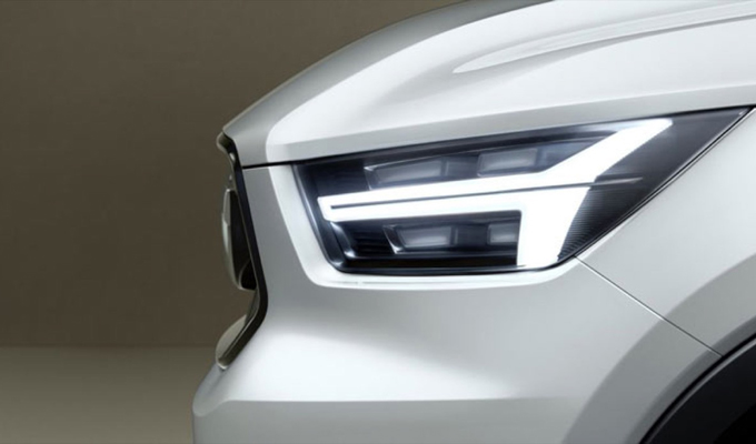 Volvo: si attendono due nuove concept di V40 e XC40 [TEASER]