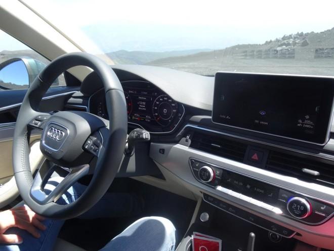 Audi A4 allroad quattro 2016 (26)