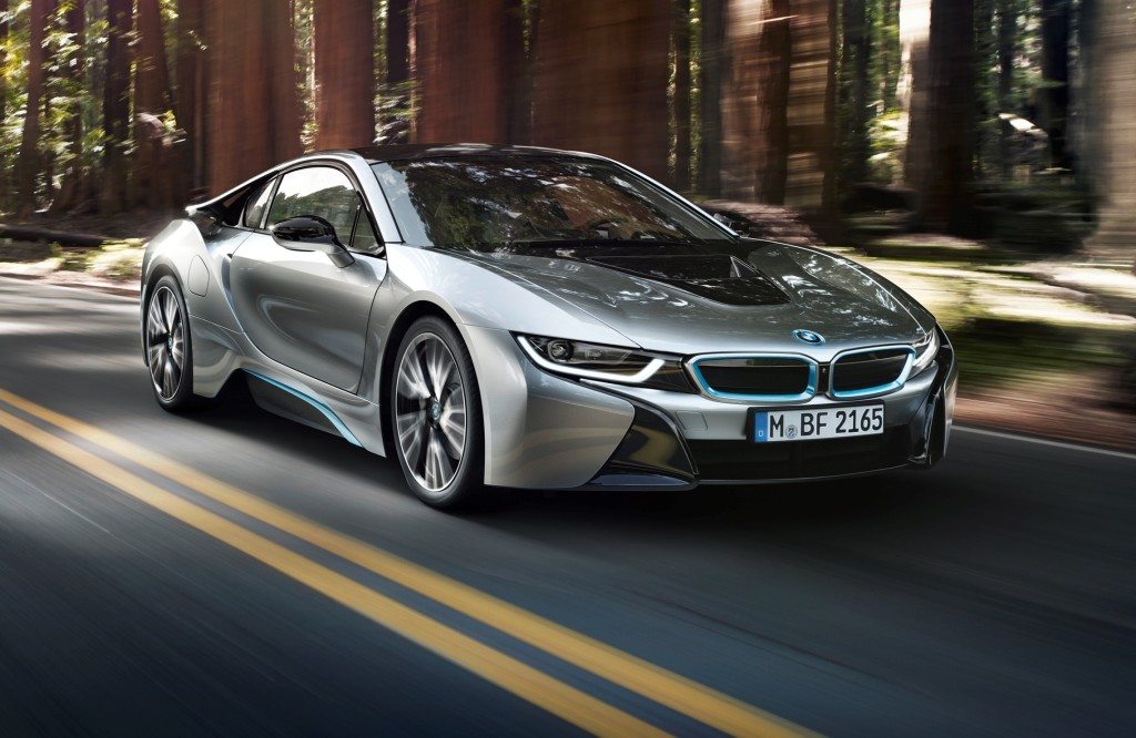 BMW i8, il sistema propulsivo ibrido premiato all'International Engine of the Year Awards