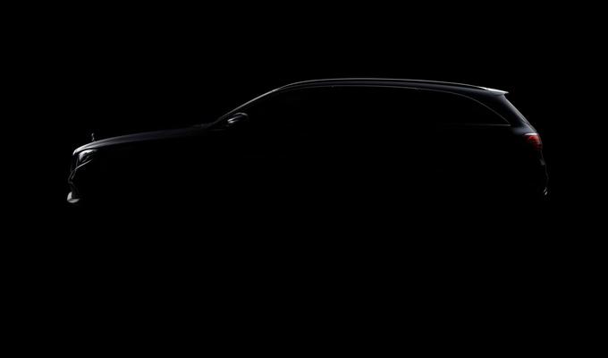 Nuova Mercedes Classe E SW: scorci di stile prima della presentazione [VIDEO]