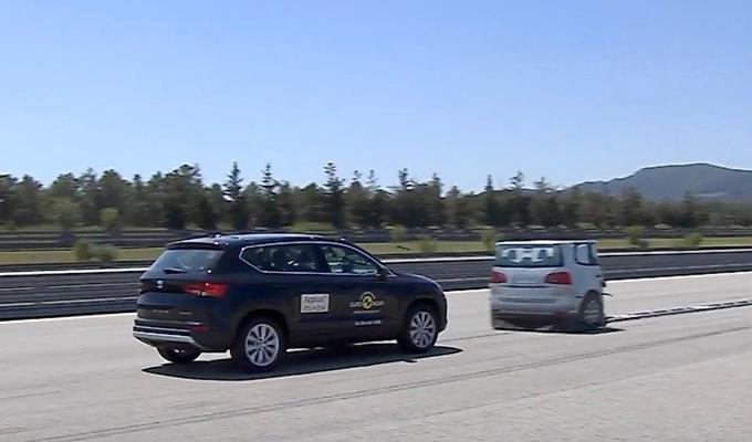 SEAT Ateca: sicurezza a cinque stelle per il nuovo SUV spagnolo [VIDEO]