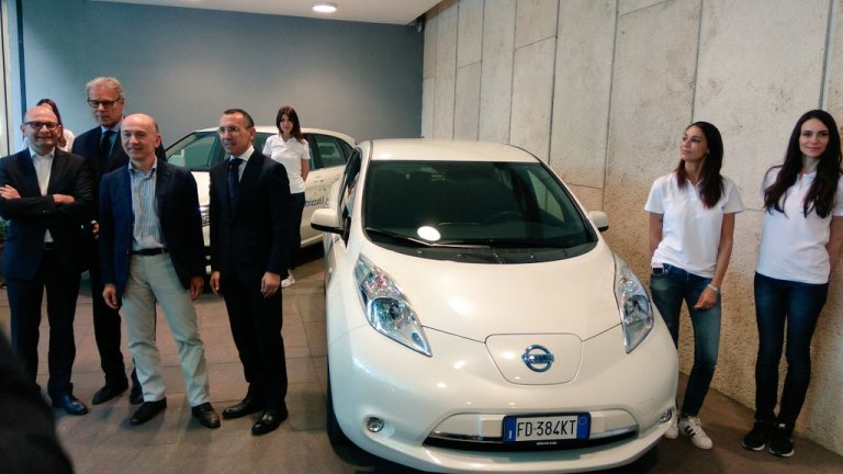 Enel lancia l'edizione limitata ed elettrica di Mercedes Classe B e Nissan LEAF