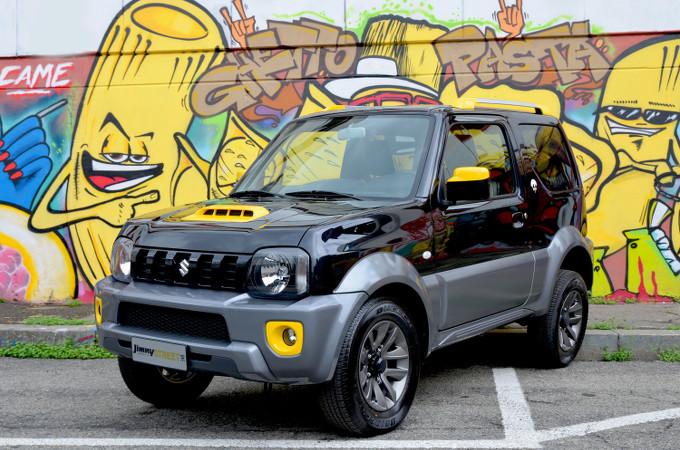 Suzuki JIMNY Street: inedita cromia BiColor, interni in ecopelle e tecnologia al top