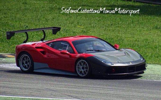 La Ferrari 488 Challenge impegnata nei test a Monza [VIDEO]