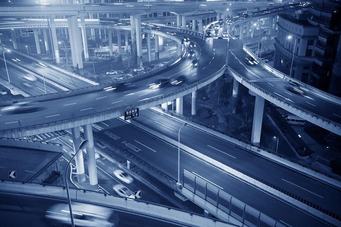 La mobilità sta cambiando con la convergenza di guida automatica, connettività ed elettrificazione