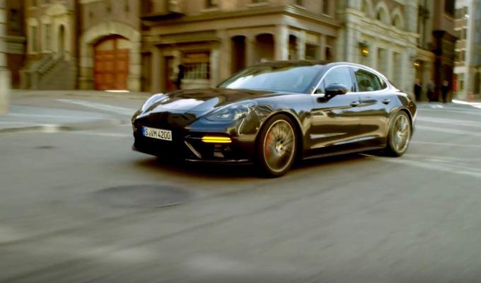 Porsche Connect: funzionalità a supporto delle proprie passioni [VIDEO]