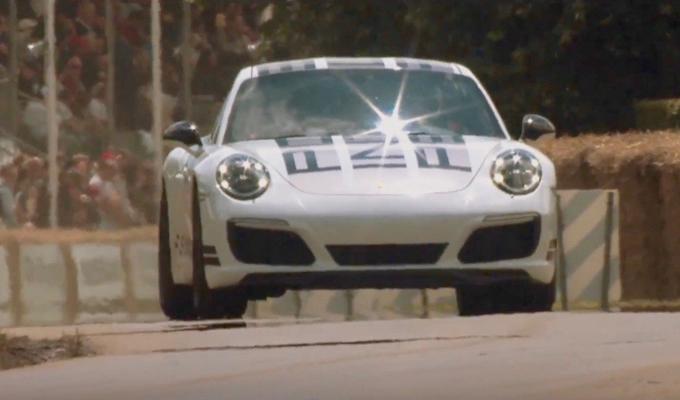 Porsche 911 Carrera S Endurance Racing Edition: l'adrenalina sportiva gustata da Jeff Zwart [VIDEO]