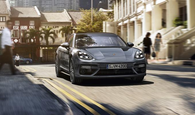 Nuova Porsche Panamera: a contatto con la grintosa berlina [VIDEO]