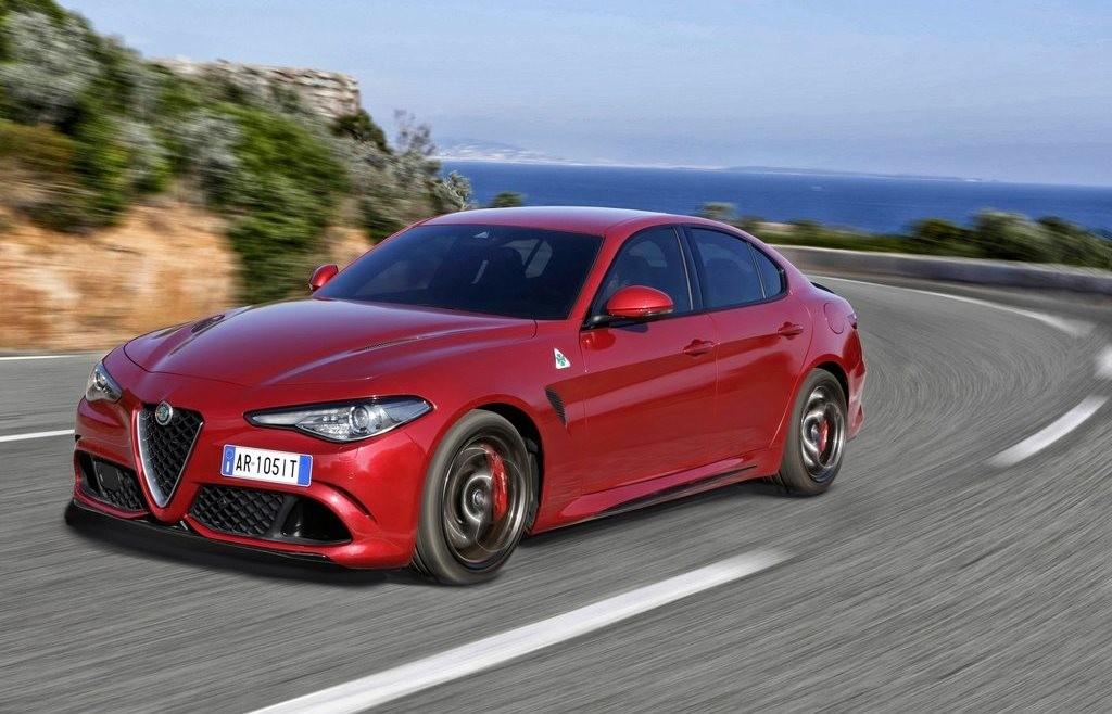 Alfa Romeo Giulia Quadrifoglio Per Chris Harris E Un Passo Indietro