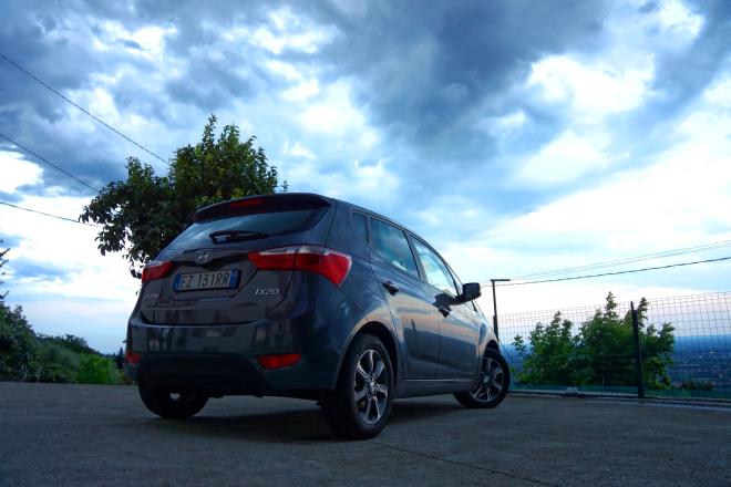 Hyundai_IX20_agosto_2016_13