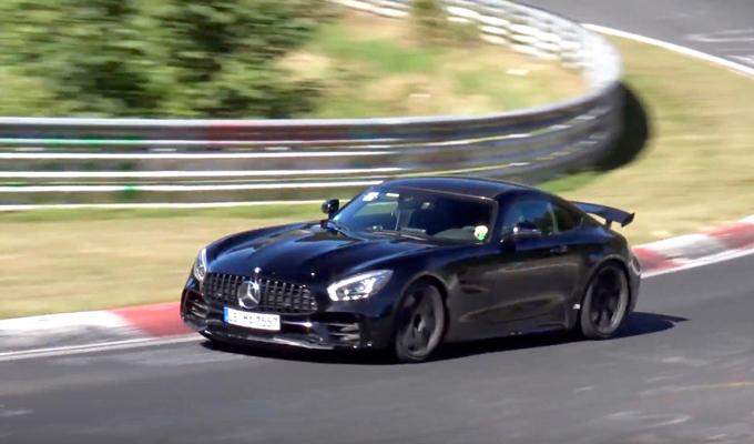 Mercedes-AMG GT R: nuovo avvistamento di una versione più potente? [VIDEO]