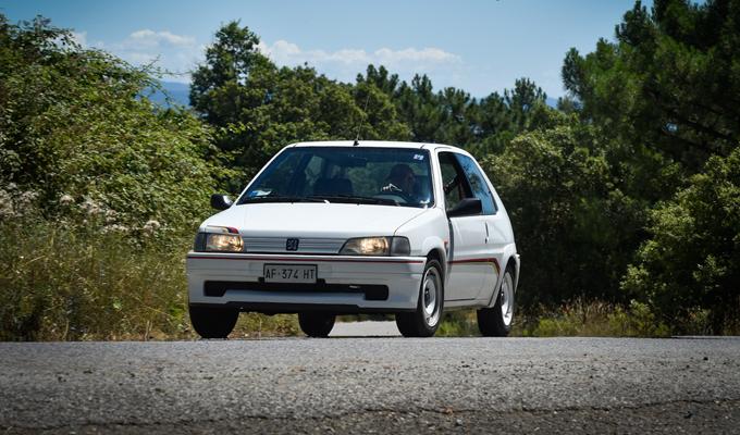 Peugeot 106 Rallye: percorrere le strade toscane con gli occhi del Leone [FOTO]