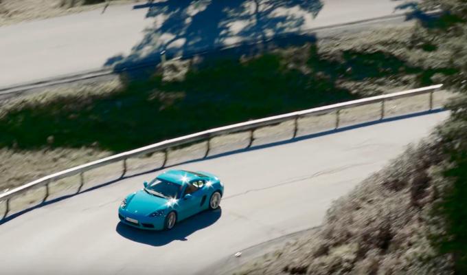 Porsche 718 Cayman e Boxster: due concetti di spumeggiante agilità [VIDEO]