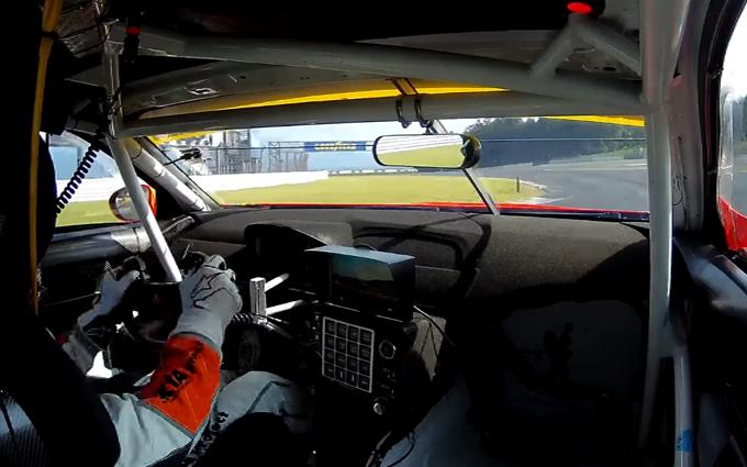 BMW M6 GT3: giro di pista durante le qualifiche della 300 km del Fuji [VIDEO]