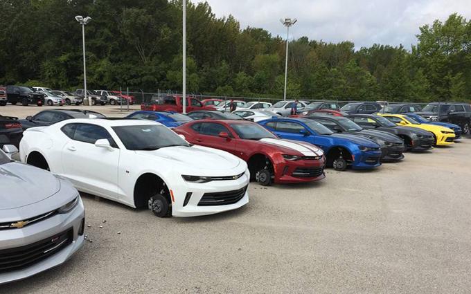 Chevrolet: furto di pneumatici nel parcheggio di una concessionaria del Texas