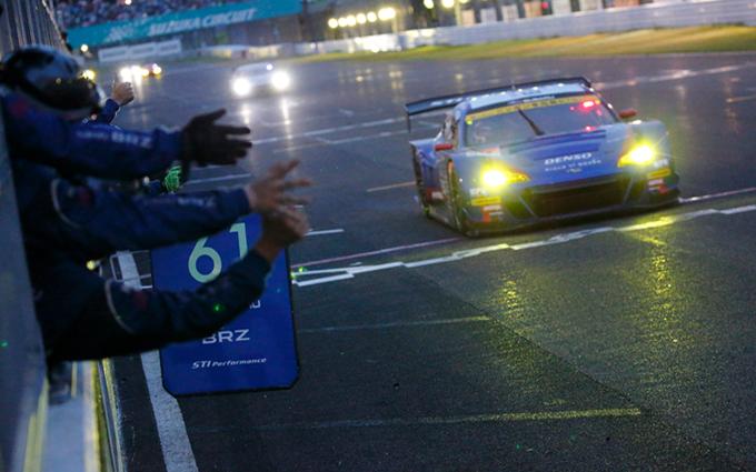 Subaru BRZ: trionfo alla 1000 km di Suzuka in classe GT300