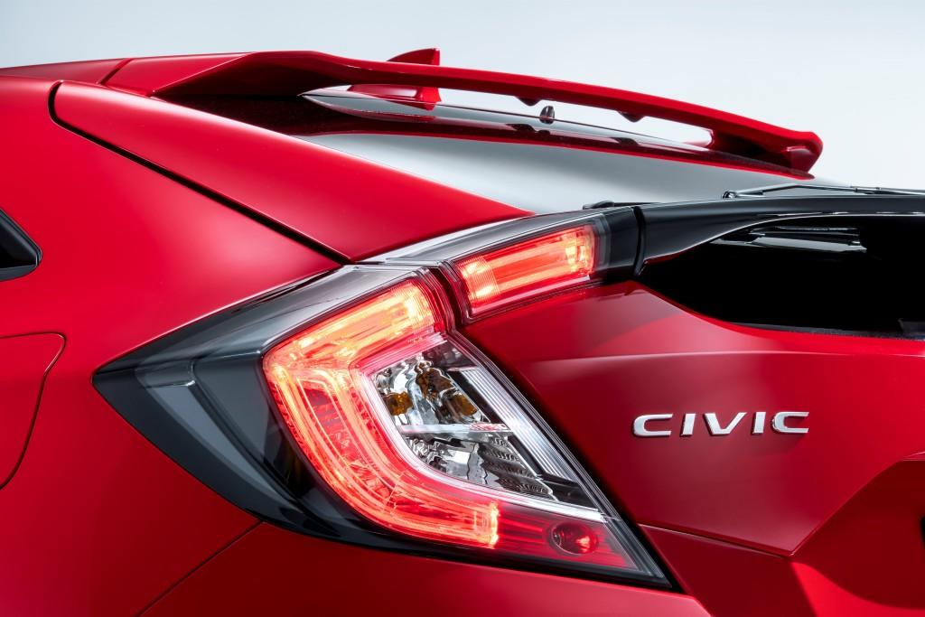La nuova Honda Civic al Salone di Parigi 2016