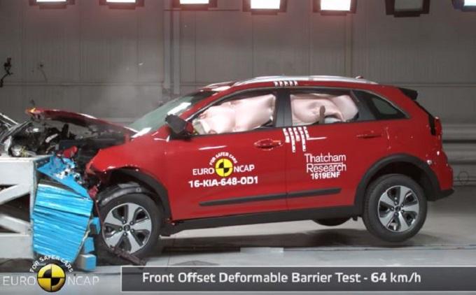 Kia Niro, per lei 4 stelle Euro NCAP [VIDEO]