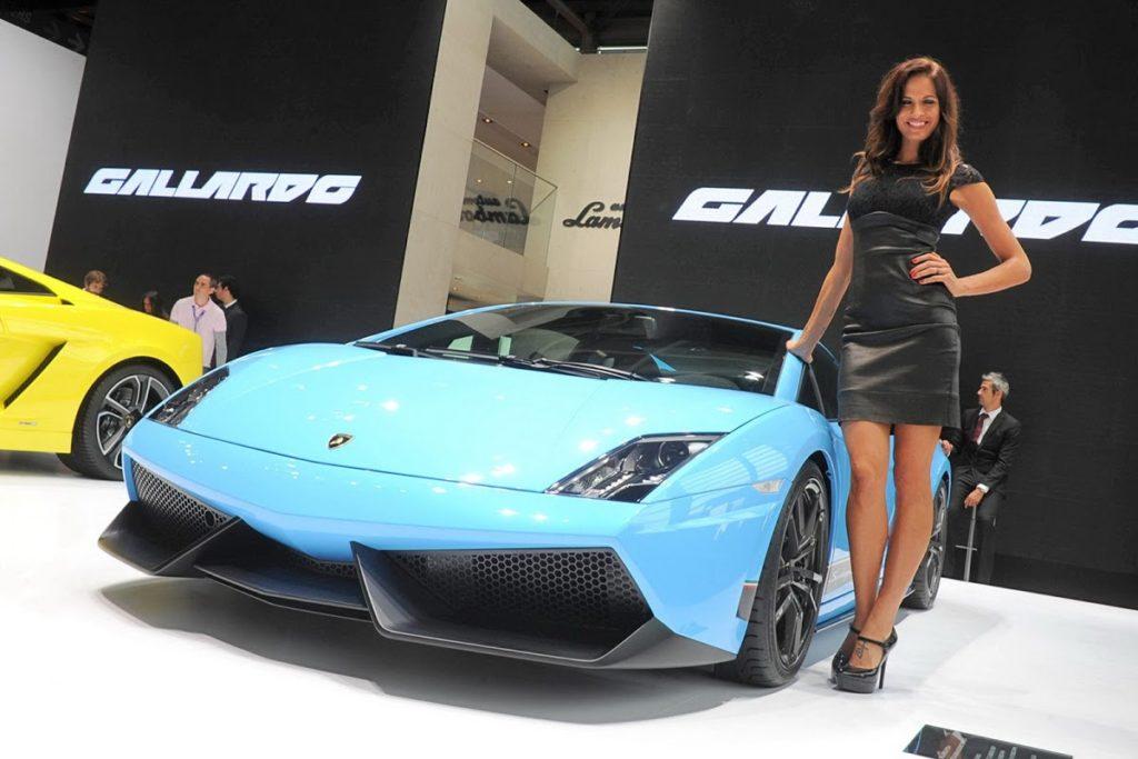 Lamborghini e Bentley salteranno il Salone di Parigi 2016