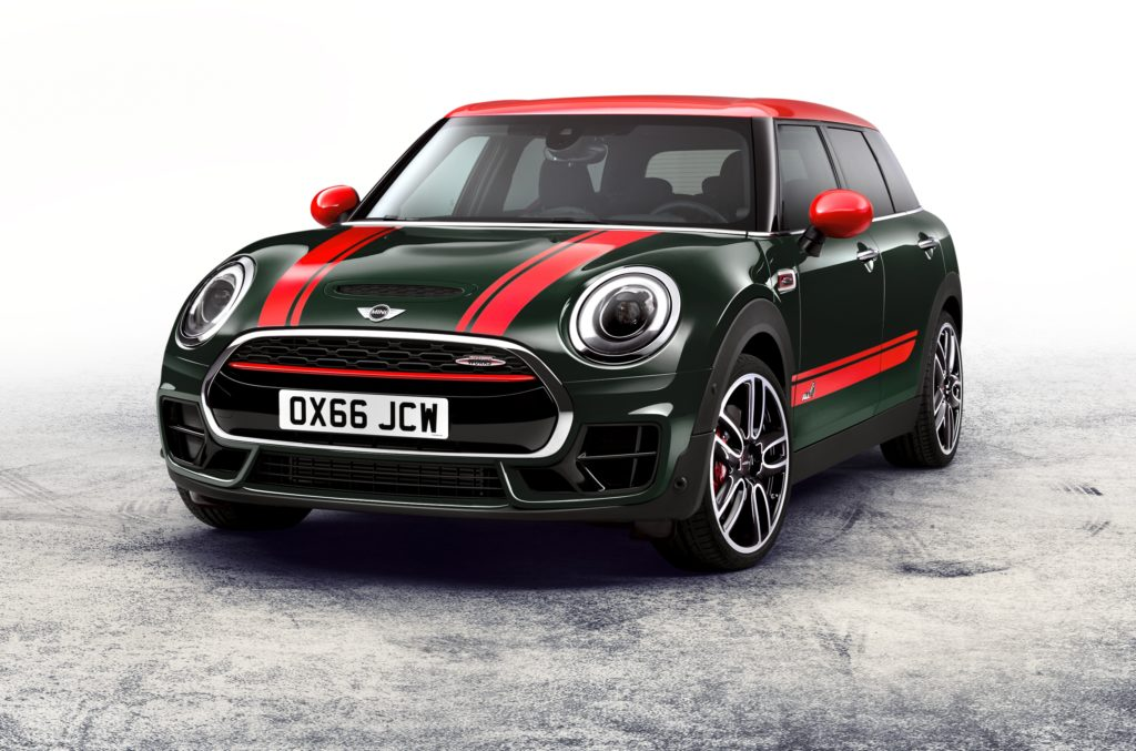 MINI Clubman John Cooper Works: race feeling e abitabilità in anteprima a Parigi [FOTO e VIDEO]