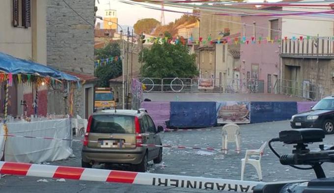 Sardegna, auto travolge la folla: accoltellato il conducente
