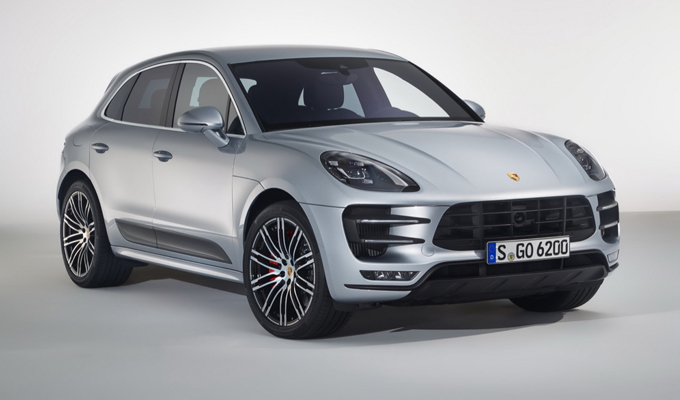 ANTEPRIME Porsche Macan Turbo con Performance Package